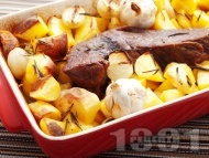 Печено крехко телешко месо (шол) с картофи и розмарин в тава на фурна